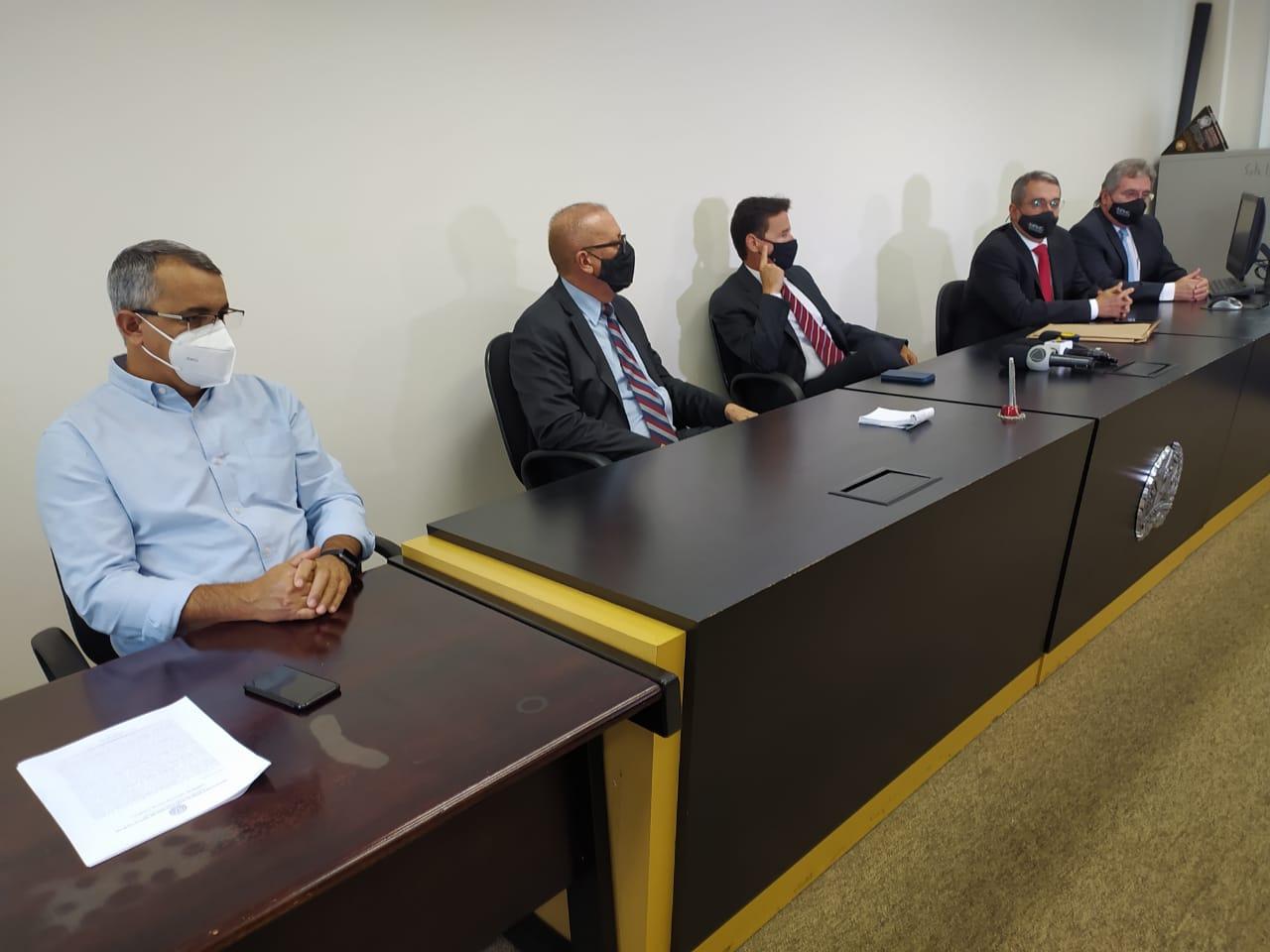 Representantes dos Ministérios Públicos, Estadual e Federal, e do município acertaram novo Termo de Ajuste de Conduta (TAC)