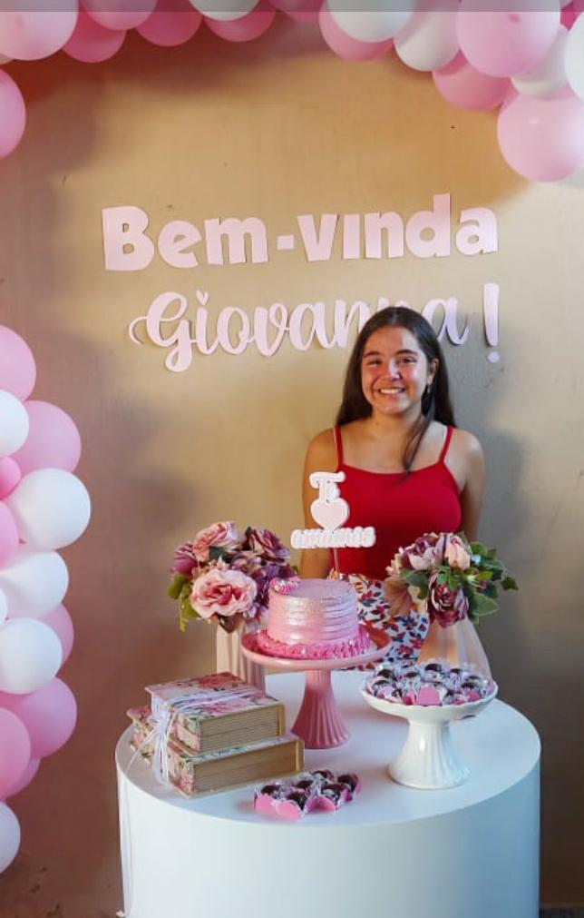 Giovanna Arruda Nascimento, de 12 anos, ficou em coma por oito dias com encefalite aguda, causada pela Covid I Foto: Arquivo pessoal
