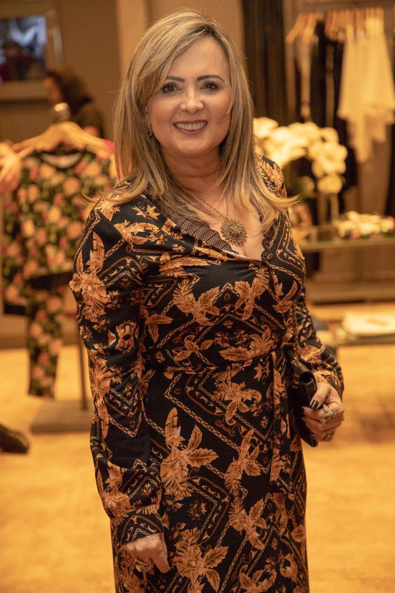 A empresária Mariângela Araújo comemorou nova idade na última terça-feira (26) / Foto: Divulgação
