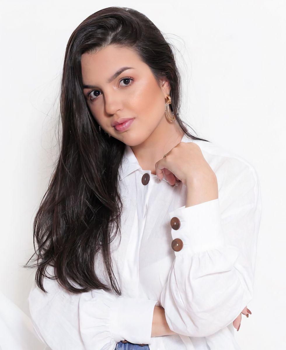 A master coach e especialista em Marketing Pessoal Marcella Ribeiro, destaque na página de hoje | Foto: Divulgação